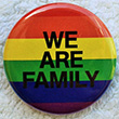 Button: Regenbogen-Button We are family